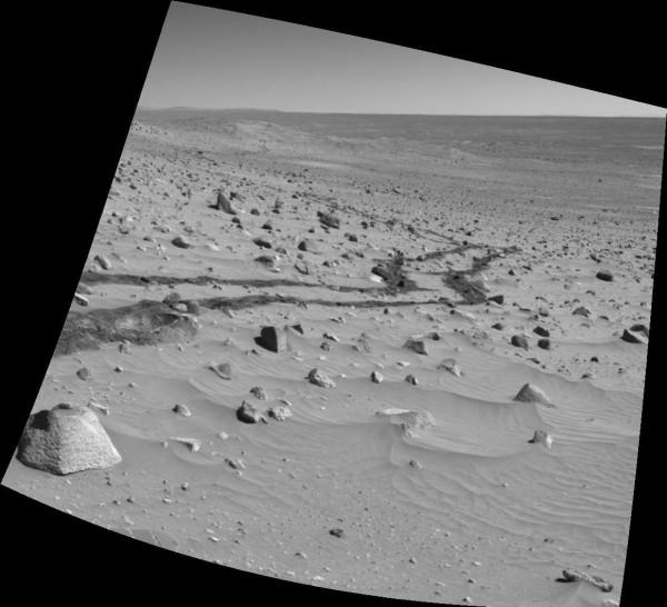 Huellas de los vehículos de la NASA en Marte
